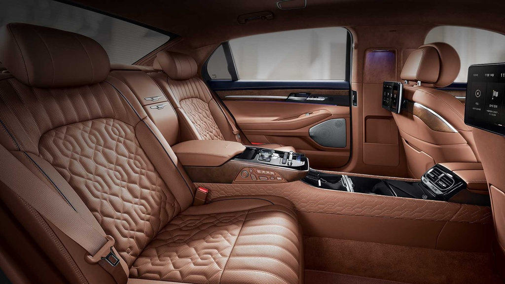 Genesis G90 Limousine canh tranh voi Maybach anh 3