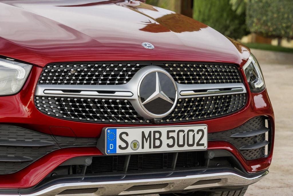 Mercedes-Benz GLC Coupe 2020 ra mat, the thao va manh me hon hinh anh 2