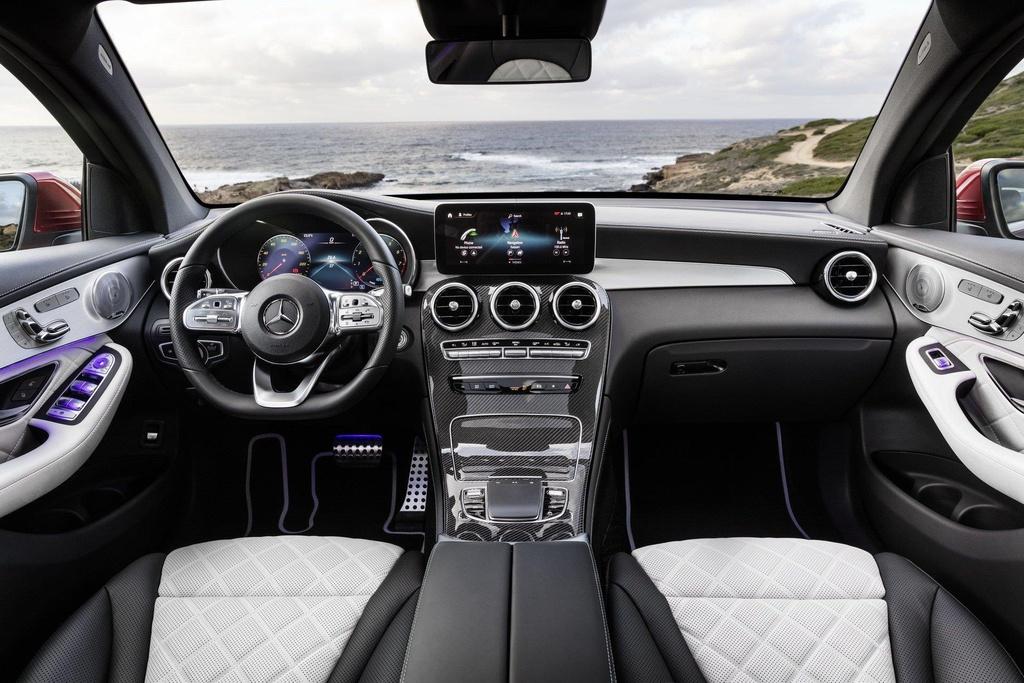 Mercedes-Benz GLC Coupe 2020 ra mat, the thao va manh me hon hinh anh 4