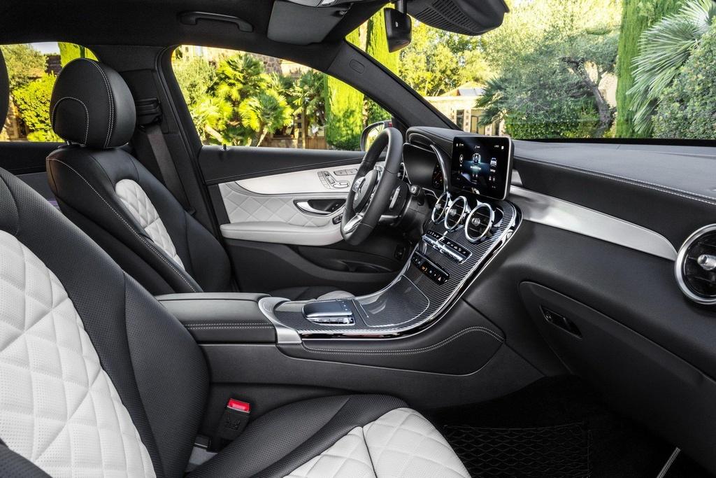 Mercedes-Benz GLC Coupe 2020 ra mat, the thao va manh me hon hinh anh 5