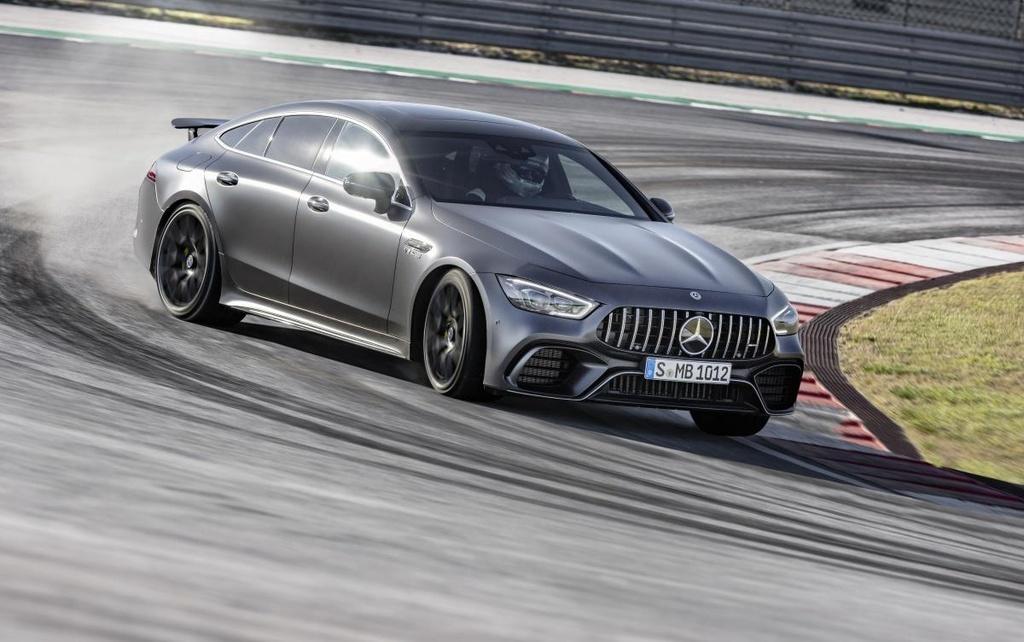 Mercedes-AMG GT 4 cua ra mat Malaysia anh 3
