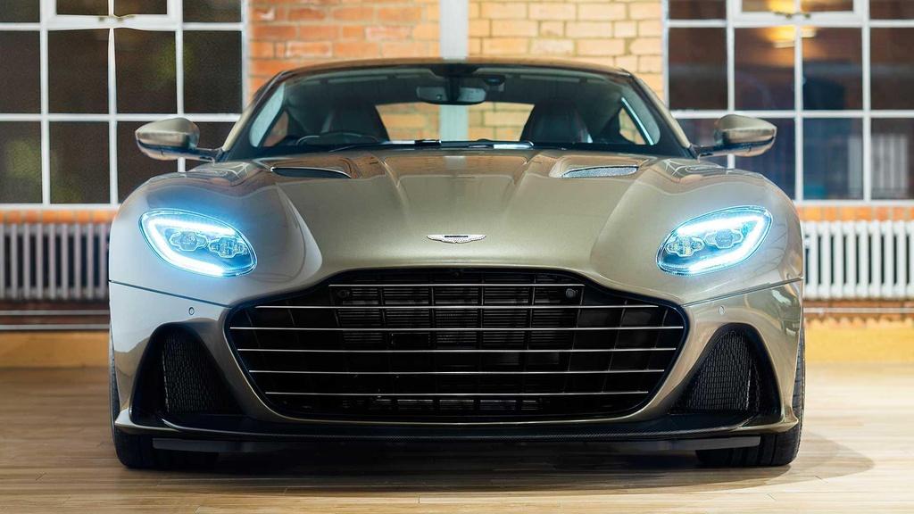Aston Martin DBS Superleggera ban Diep vien 007 anh 2