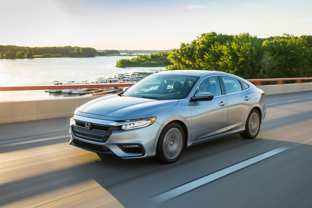 Honda Insight 2020 an xang 4,2 lit/100 km, gia chi tang 100 USD hinh anh 1