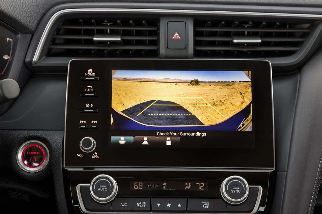Honda Insight 2020 an xang 4,2 lit/100 km, gia chi tang 100 USD hinh anh 5