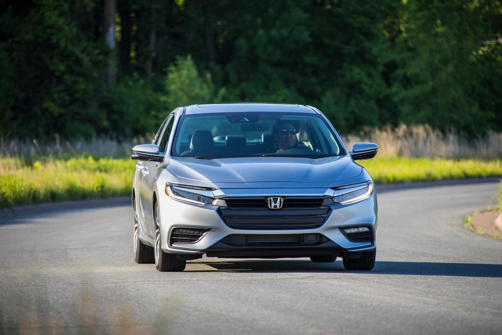 Honda Insight 2020 an xang 4,2 lit/100 km, gia chi tang 100 USD hinh anh 7