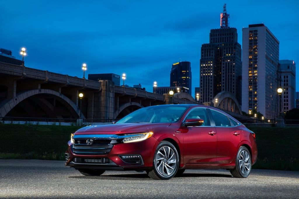 Honda Insight 2020 an xang 4,2 lit/100 km, gia chi tang 100 USD hinh anh 8