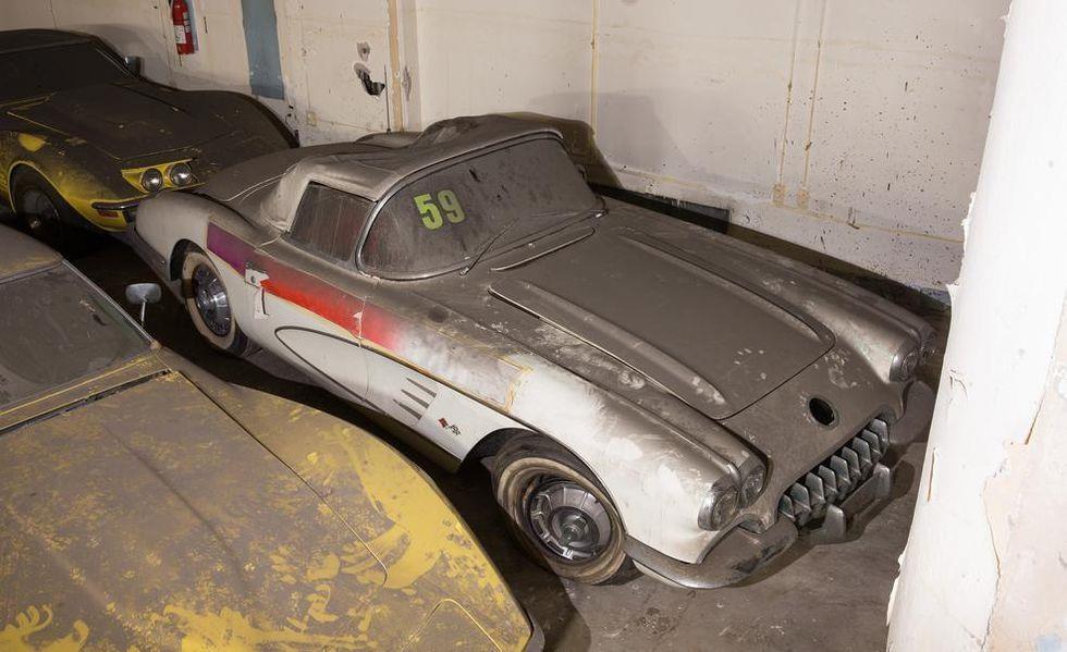 Chevrolet Corvette phu bui 25 nam anh 7