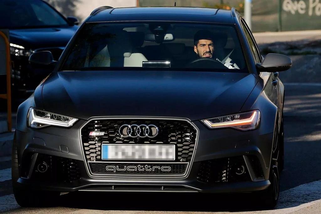 Audi thu hoi xe cua cac cau thu Barcelona anh 4