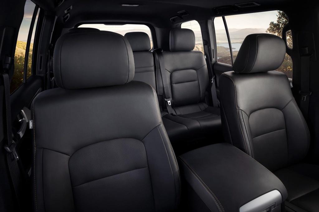 Toyota Land Cruiser ban 'Di san' gia chi ngang ban tieu chuan hinh anh 5