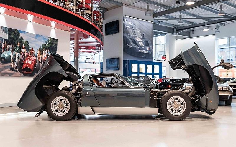 Xe co Lamborghini hang luot rao ban gia dat hinh anh 10 10_2_.jpg