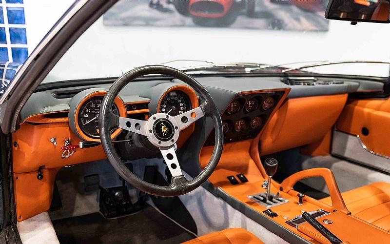 Xe co Lamborghini hang luot rao ban gia dat hinh anh 5 5.jpg