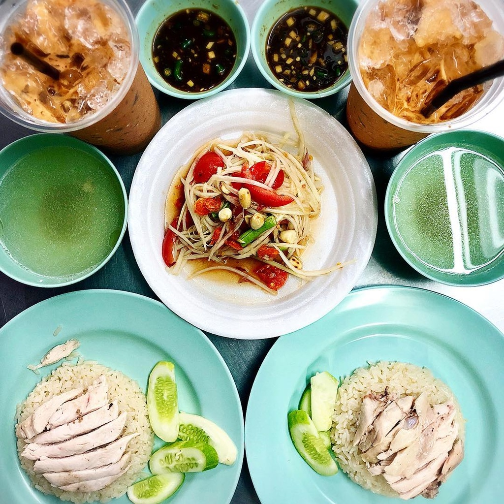3 quan an 'cho doi la hanh phuc' o Bangkok hinh anh 10