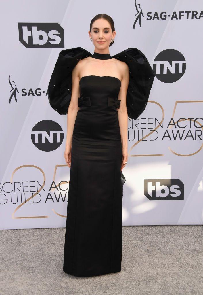 Trang phuc Lady Gaga va Margot Robbie an tuong nhat tham do SAG 2019 hinh anh 4
