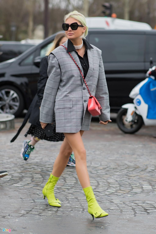 Khong khi nhon nhip truoc them show Chanel cuoi cua Karl Lagerfeld hinh anh 17