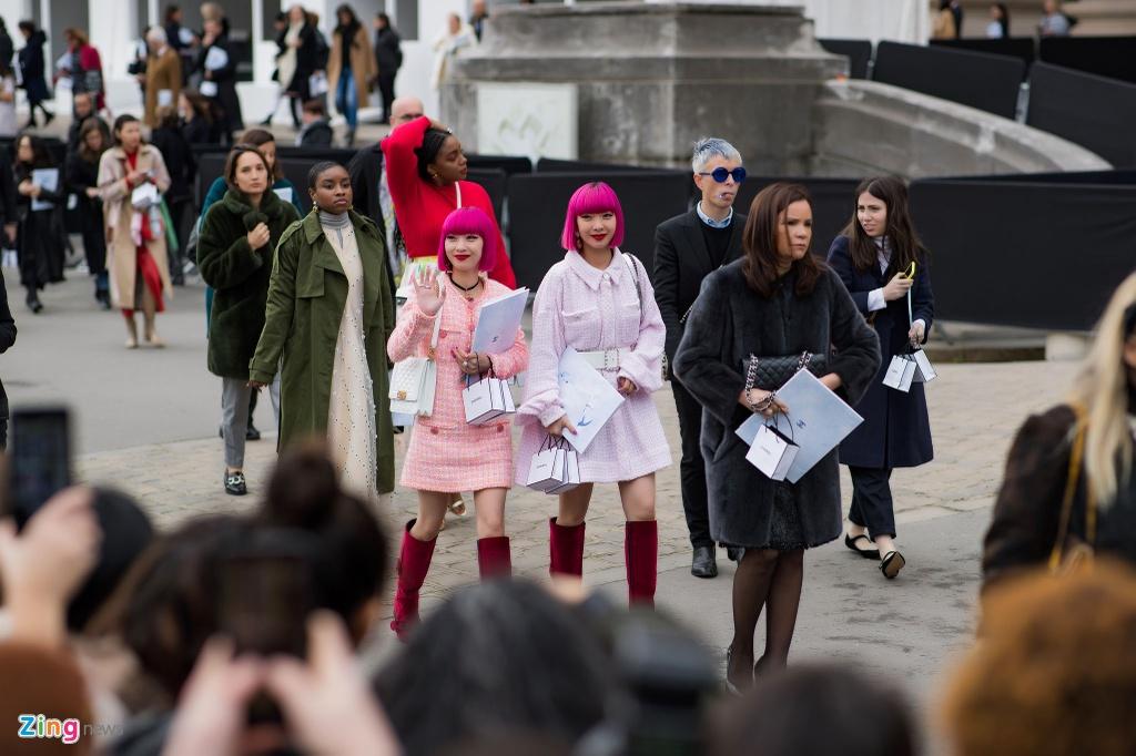 Khong khi nhon nhip truoc them show Chanel cuoi cua Karl Lagerfeld hinh anh 18