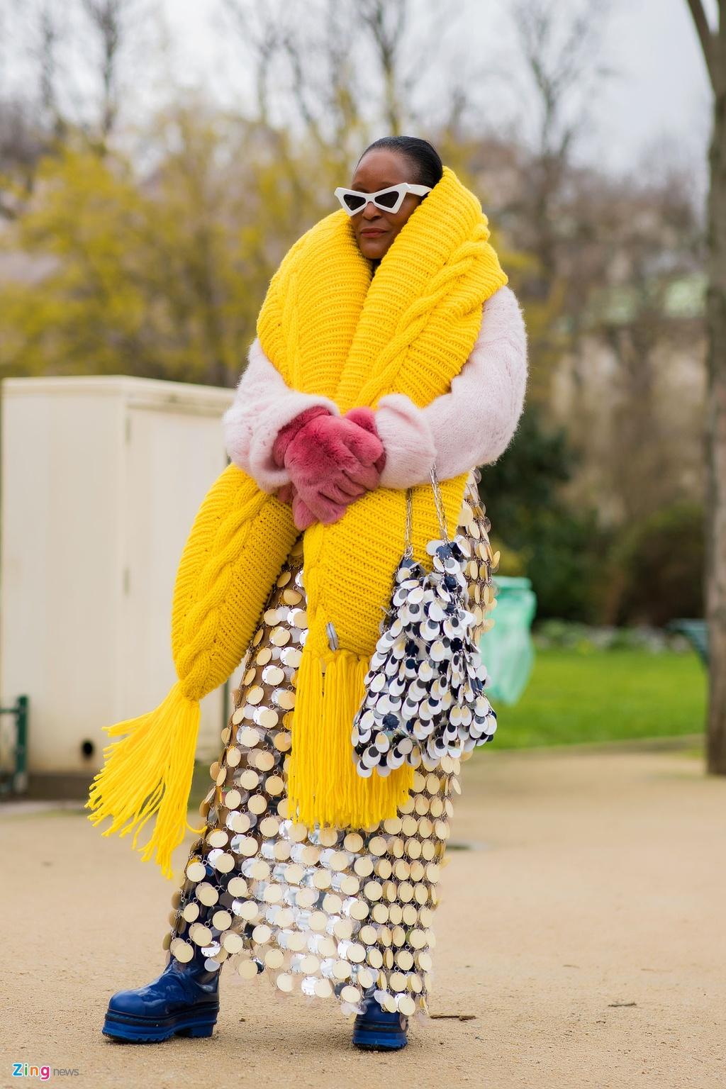 Khong khi nhon nhip truoc them show Chanel cuoi cua Karl Lagerfeld hinh anh 9