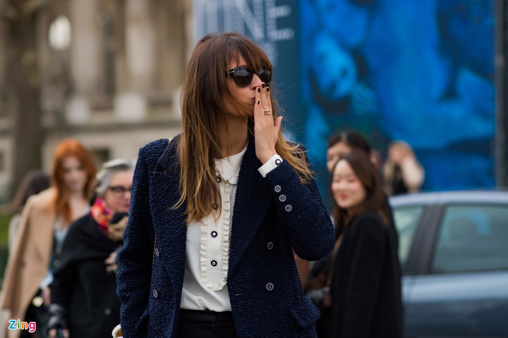 Khong khi nhon nhip truoc them show Chanel cuoi cua Karl Lagerfeld hinh anh 8