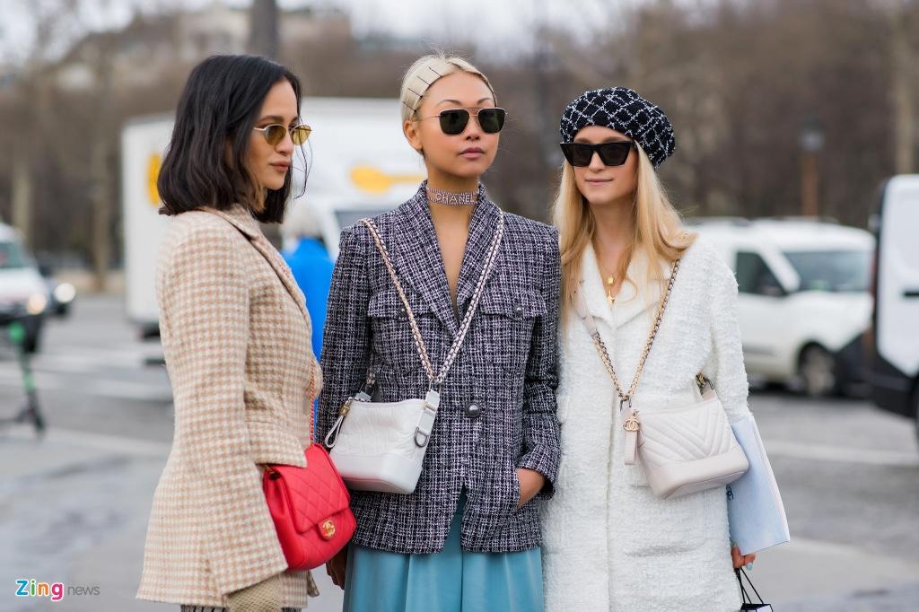 Khong khi nhon nhip truoc them show Chanel cuoi cua Karl Lagerfeld hinh anh 11