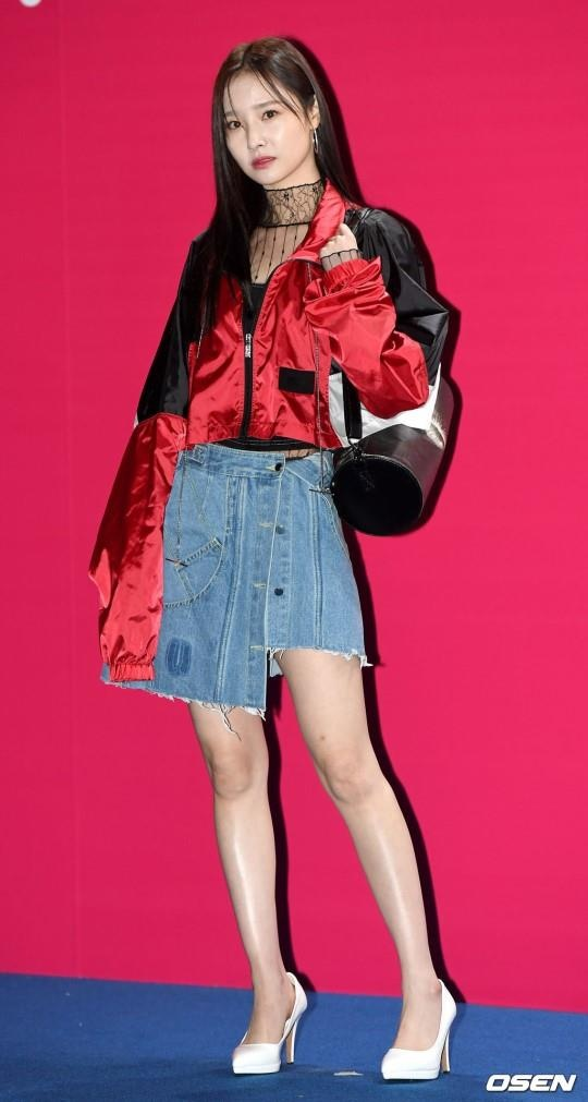 Sao Han mac trang phuc ruom ra, sen sam tai Seoul Fashion Week 2019 hinh anh 2