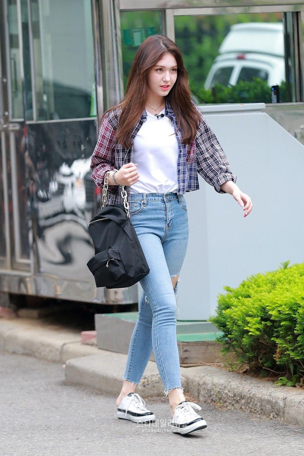 Jeon Somi - 'bong hong lai' xinh dep, so huu gu thoi trang tre trung hinh anh 5
