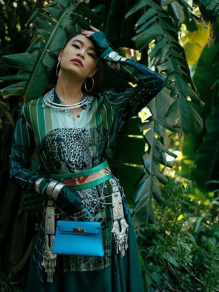 Hoang Thuy Linh hoa than A Mi anh 9