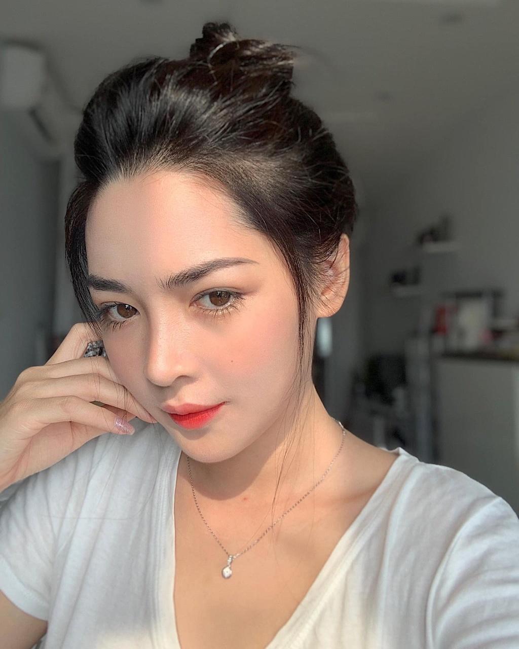 Thanh Quynh thay doi gu an mac anh 8