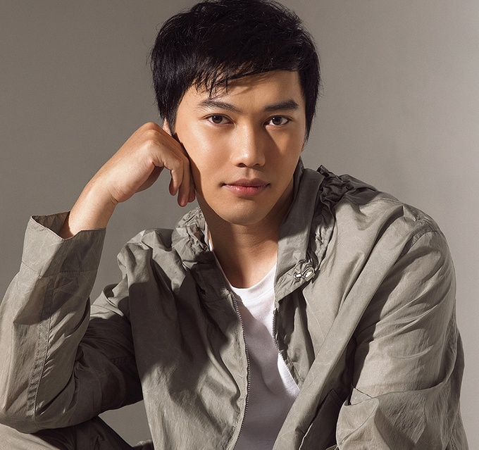Tran Hung tham du Fashion Week anh 1