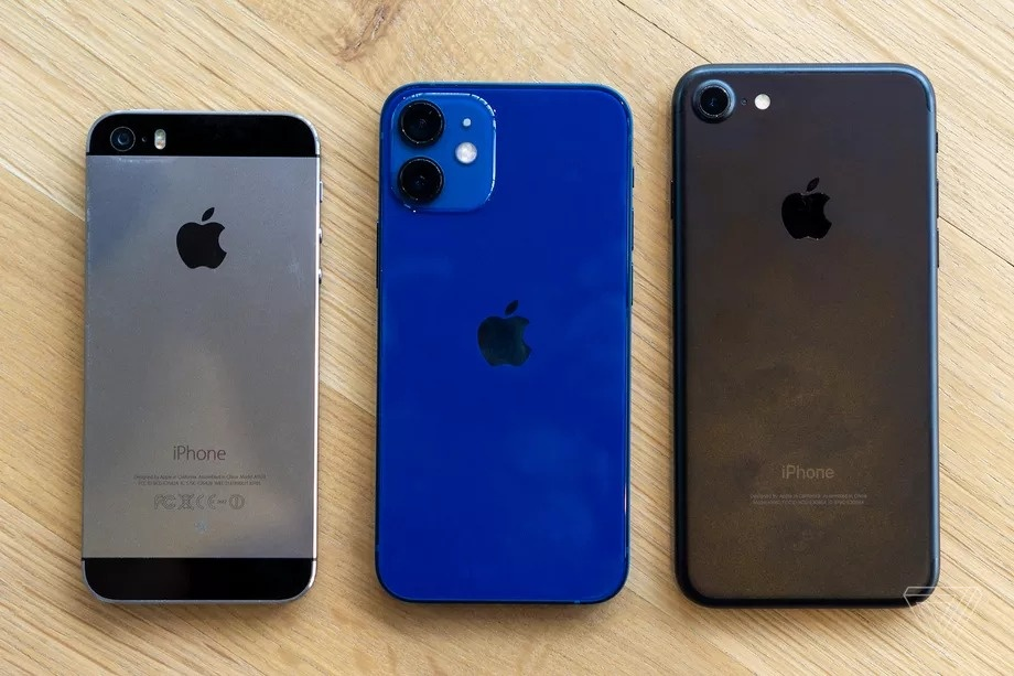 Danh gia nhanh iPhone 12 mini va iPhone 12 Pro Max anh 3