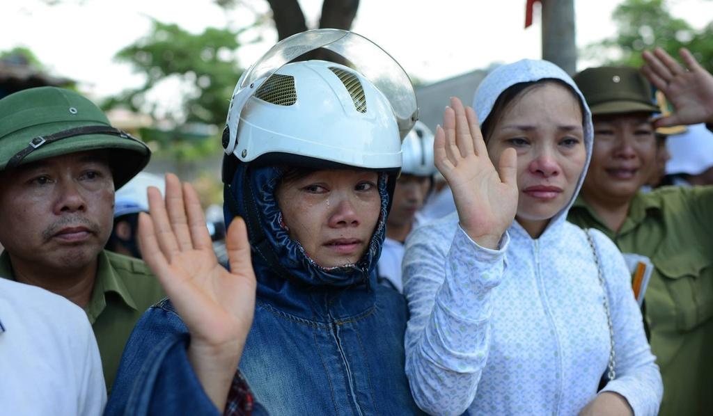 Hinh anh xuc dong trong dam tang phi cong Tran Quang Khai hinh anh 16
