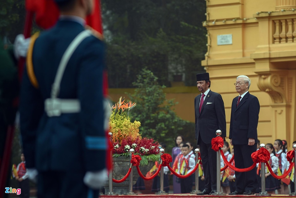 Quoc vuong Brunei tham chinh thuc Viet Nam anh 2
