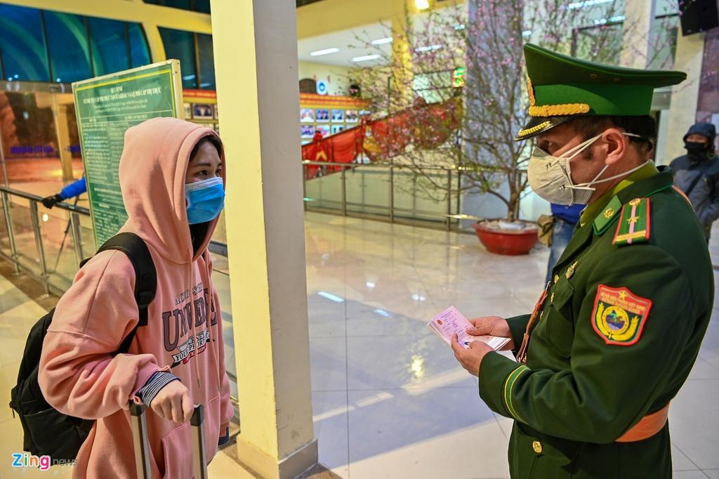Chuyen tau lien van Viet - Trung voi 2 hanh khach hinh anh 11 11_zing.jpg