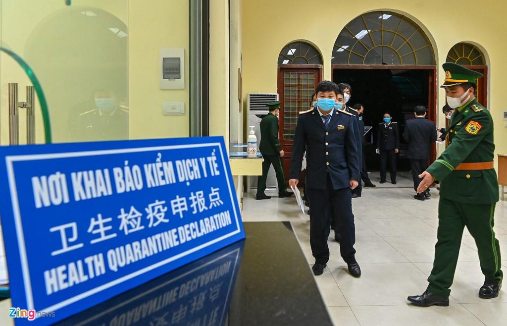 Chuyen tau lien van Viet - Trung voi 2 hanh khach hinh anh 6 6_zing.jpg