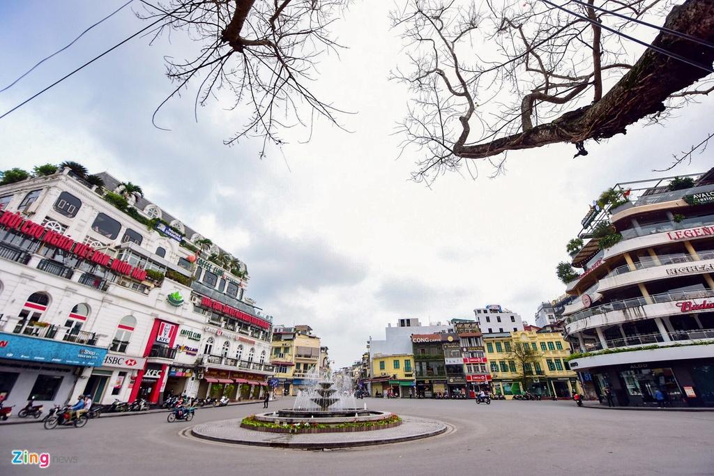 Pho phuong Ha Noi sau lenh dong cua quan xa, nha hang hinh anh 1 phovang1_zing.jpg