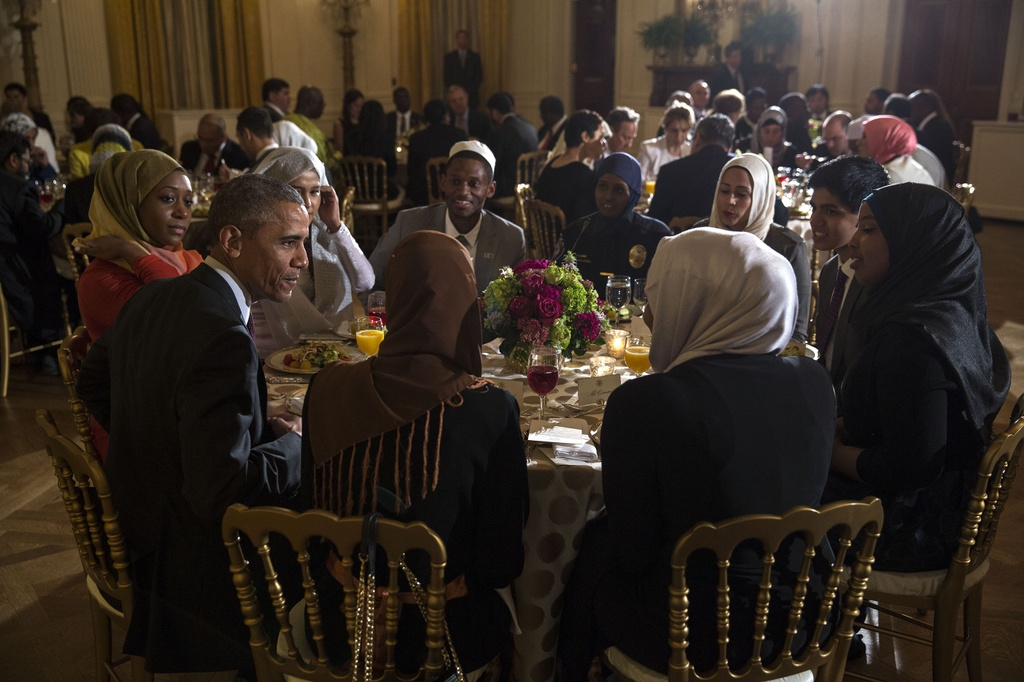 Obama va nhung bua tiec rieng tu tai Nha Trang hinh anh 5