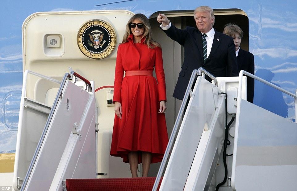Barron Trump banh bao trong lan dau tien xuat hien tai Nha Trang hinh anh 6