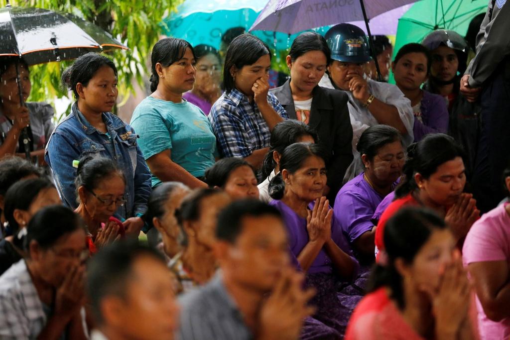 dam tang nan nhan roi may bay Myanmar anh 2