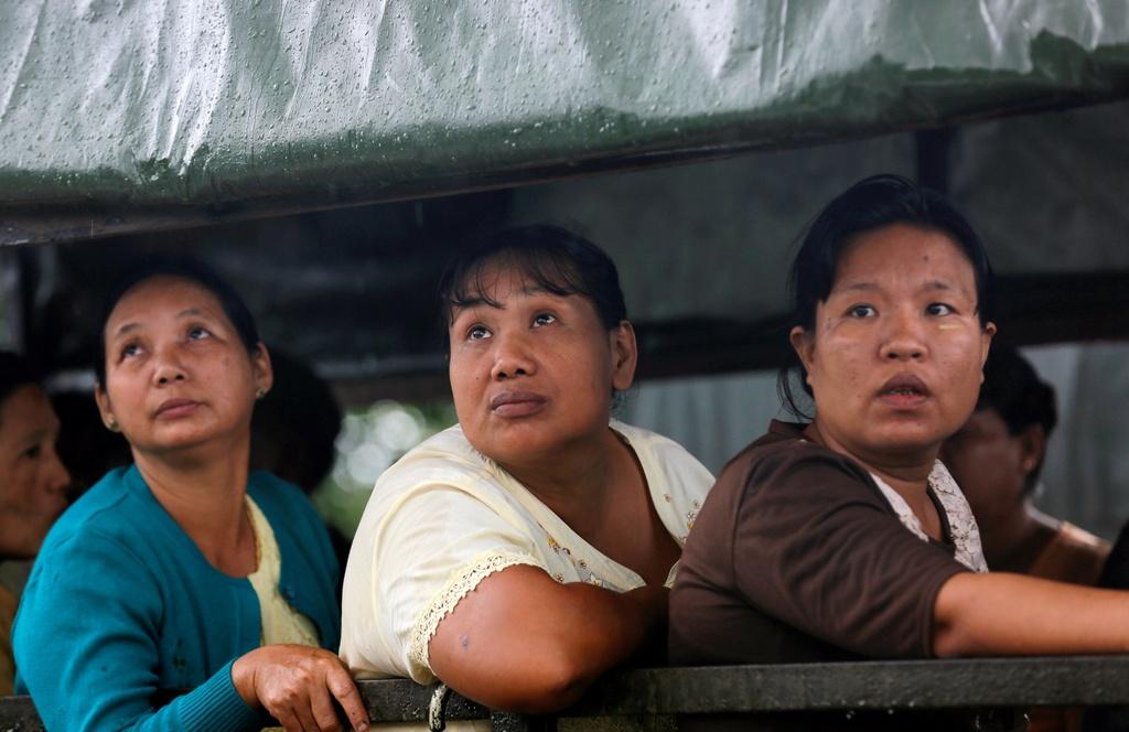 dam tang nan nhan roi may bay Myanmar anh 3