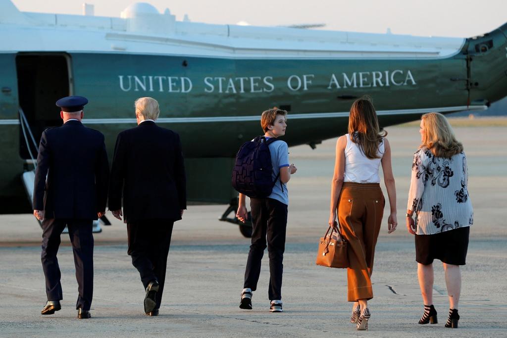 Barron Trump banh bao trong cuoc doan tu gia dinh o Nha Trang hinh anh 4