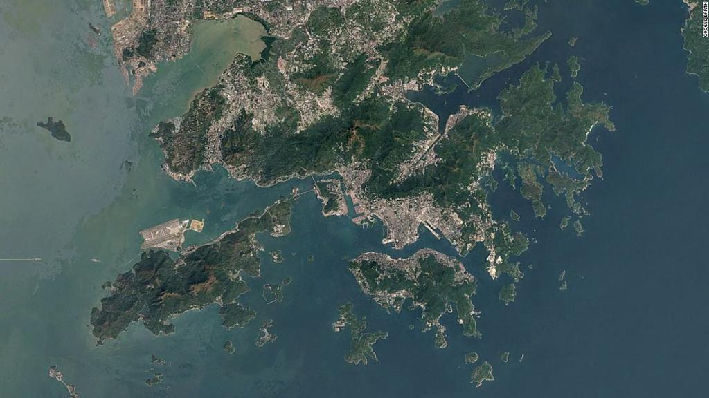 Hong Kong: Tu vung dat hoang so den 'con rong chau A' hinh anh 14