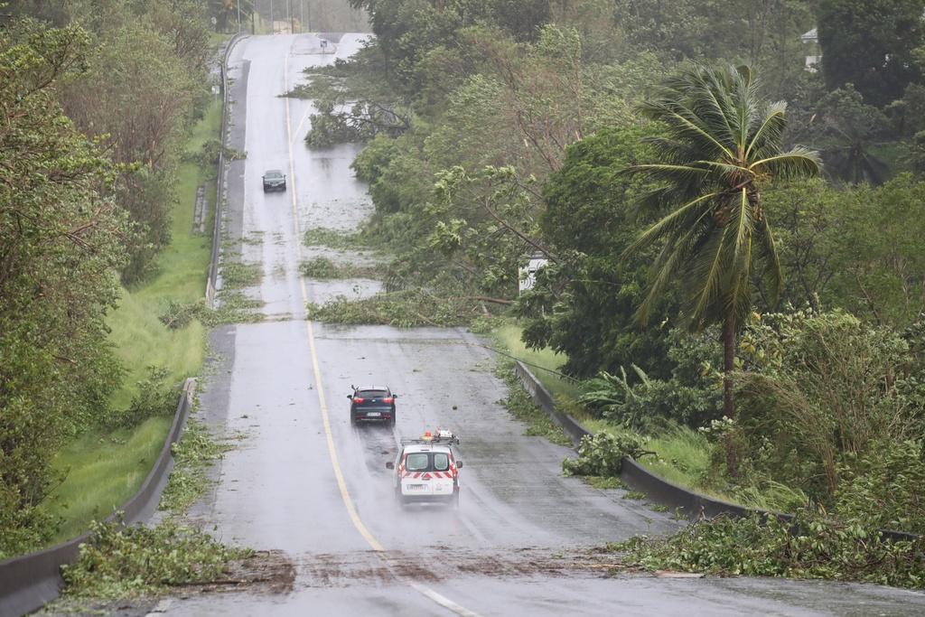 'Ac mong' Irma chua qua, dan Caribe lai don sieu bao Maria hinh anh 6