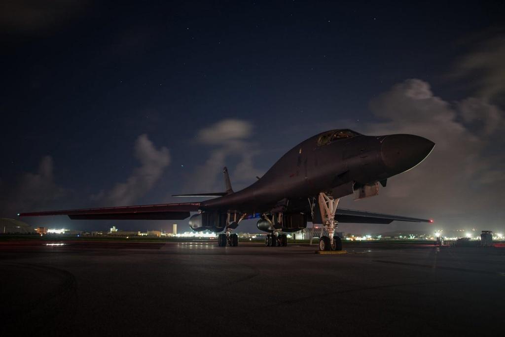 'Quai vat nem bom' B-1B Lancer cua quan doi My hinh anh 4
