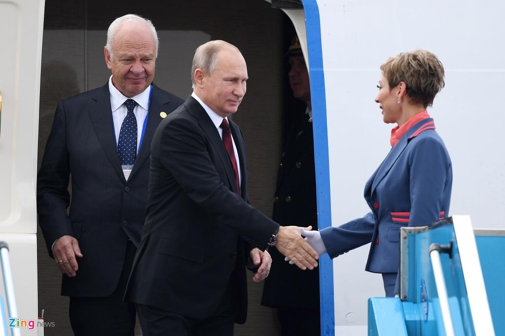 Chuyen co cho Tong thong Putin den Da Nang du APEC hinh anh 8