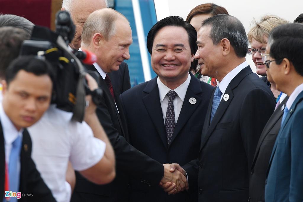 Chuyen co cho Tong thong Putin den Da Nang du APEC hinh anh 10