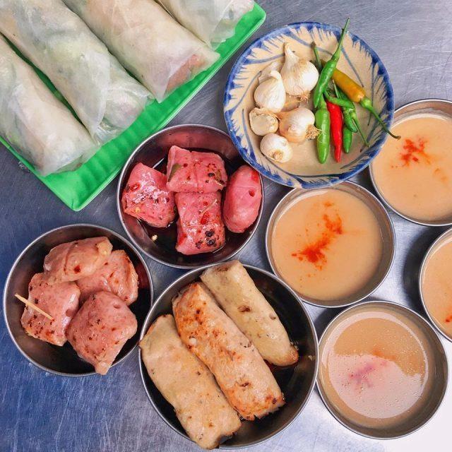 Cầm 50.000 đồng ăn được gì ở Quy Nhơn?
