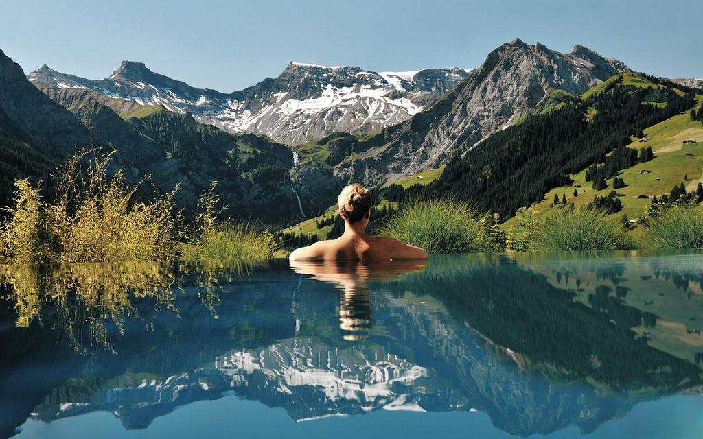 Lạc vào thế giới vô cực với những bể bơi sang chảnh nhất hành tinh - Ảnh 8