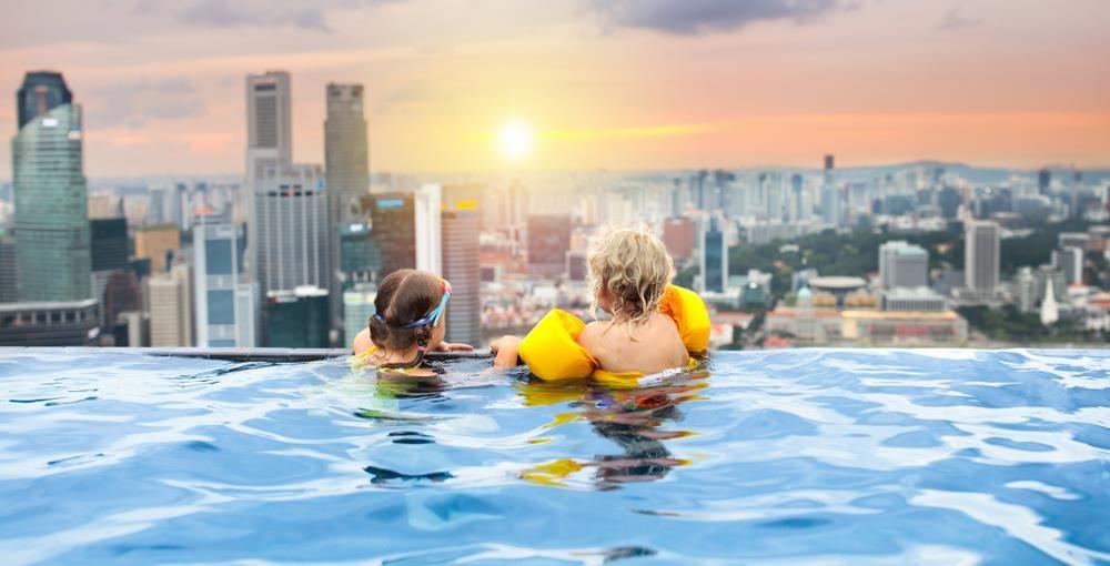 Lạc vào thế giới vô cực với những bể bơi sang chảnh nhất hành tinh - Ảnh 2