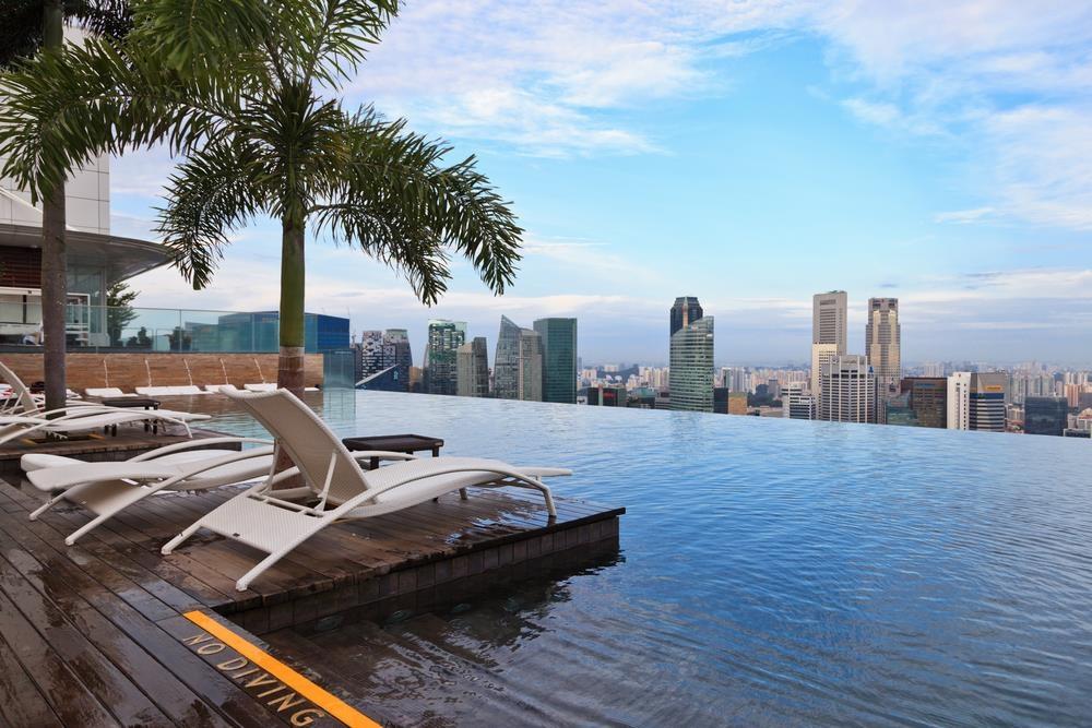 Lạc vào thế giới vô cực với những bể bơi sang chảnh nhất hành tinh - Ảnh 5