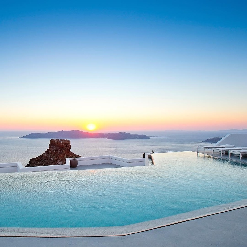 Lạc vào thế giới vô cực với những bể bơi sang chảnh nhất hành tinh - Ảnh 9
