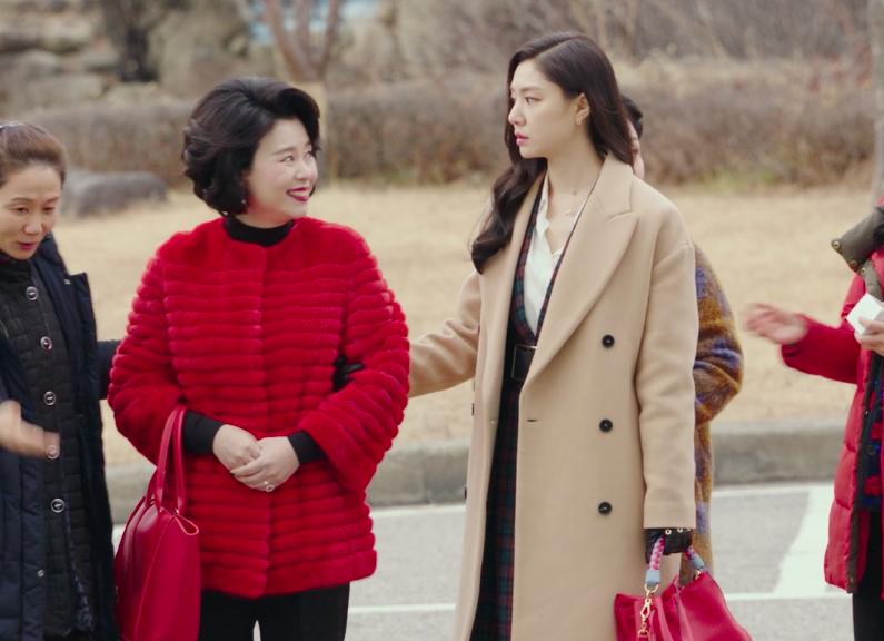 Nu phu trong phim 'Ha canh noi anh' dien toan do hieu gia nghin USD hinh anh 12 seo5.jpg