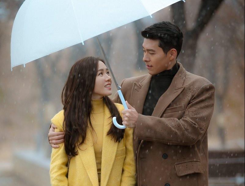 Loat do hieu gia nghin USD cua Son Ye Jin trong phim 'Ha canh noi anh' hinh anh 1 the_quoo_1.jpg